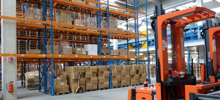 Self storage Seattle warehouse.