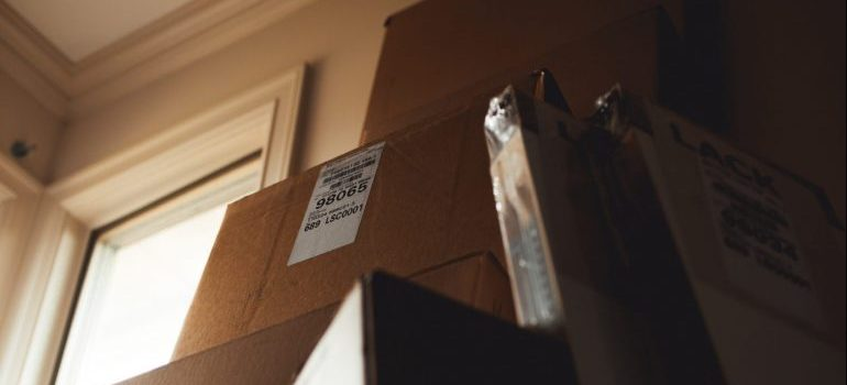 cardboard boxes to pack your artwork for a move in