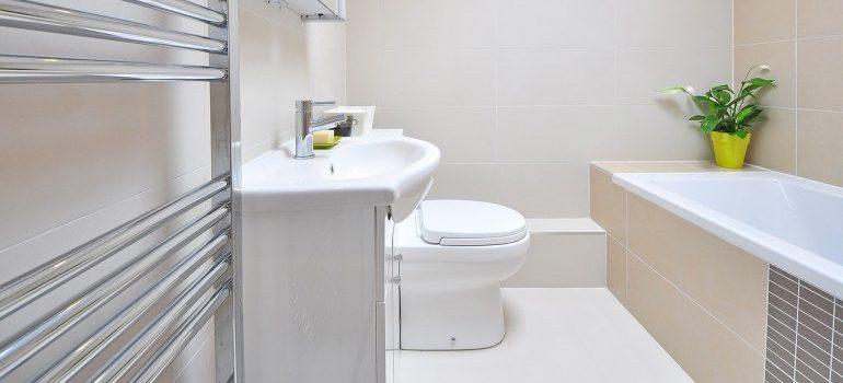 A minimalistic bathroom.