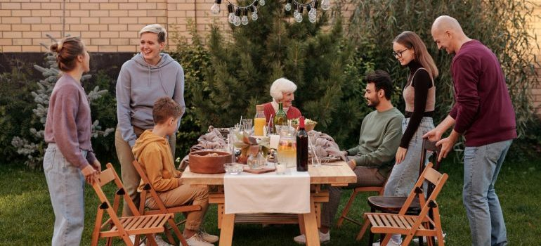 Family talking about the vital steps for a less stressful move