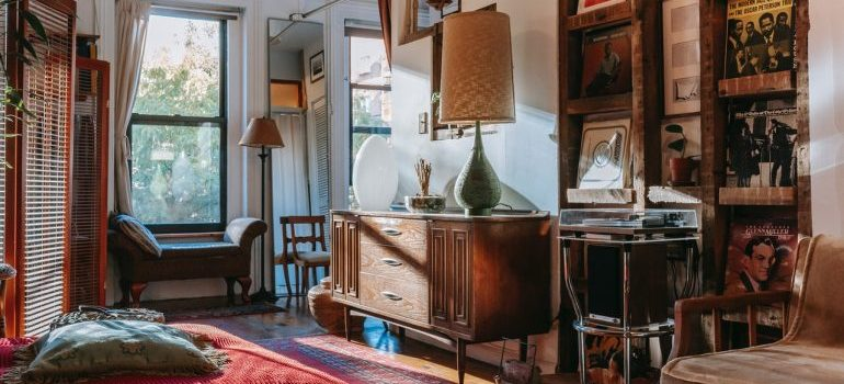 Room for of antiques
